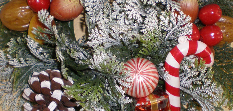 Asbestos alert in vintage Christmas decorations